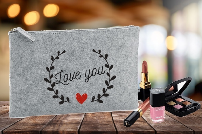 "Trousse feutrine ""love you"""